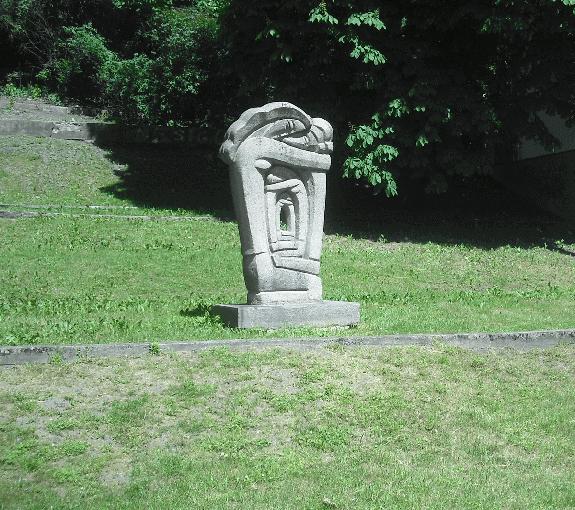 skulptura_ateitis_antiniai