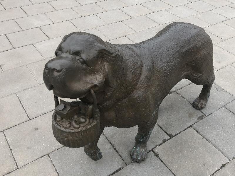 senbernares_Bites_skulpt_2020