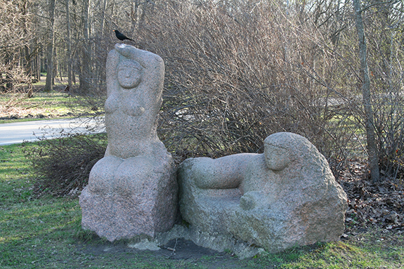 Poilsis_skulptorius_Strioga